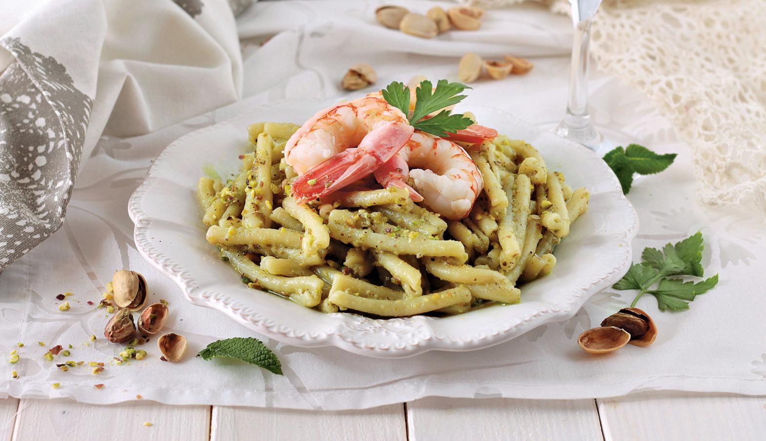 Ricetta Pasta Con Pesto Di Pistacchi E Gamberi Donnamoderna