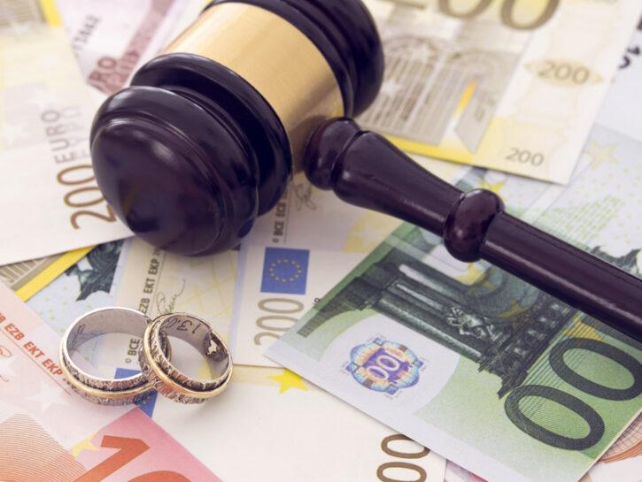 Divorzio soldi tribunale separazione euro