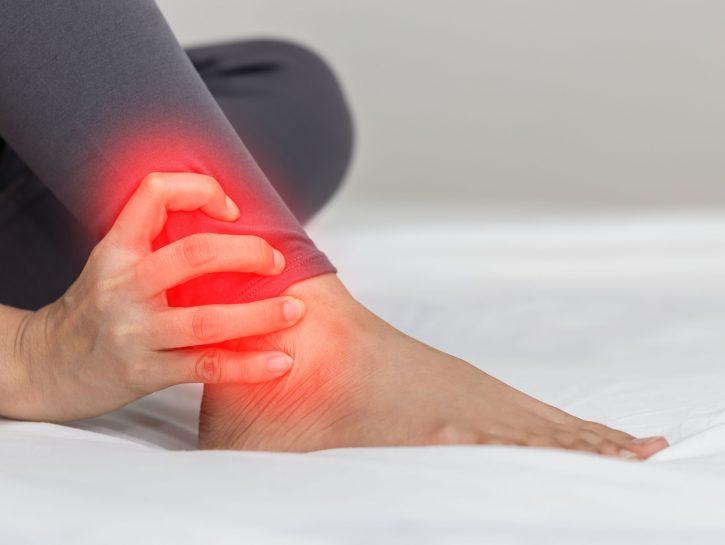 dolore caviglia