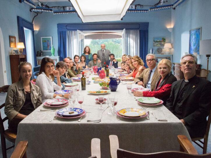 """Una scena di """"A casa tutti bene"""", il nuovo film di Gabriele Muccino al cinema dal 14 febbraio"""