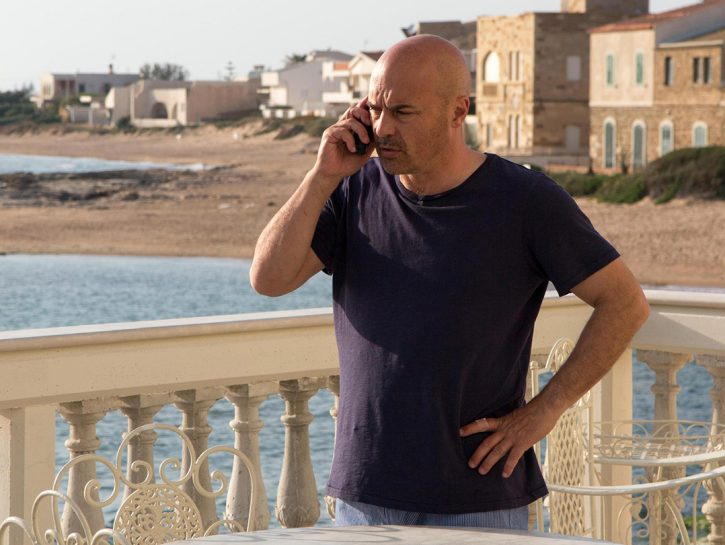 Luca Zingaretti nei panni delCommissario Montalbano