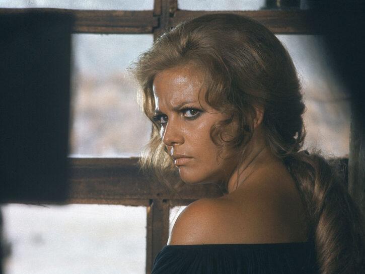 """""""C'era una volta il West"""" (1968): nel film di Sergio Leone, Claudia è Jill, un'ex prostituta con"""