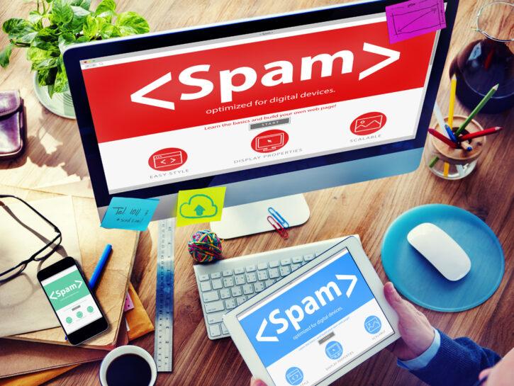 Spam-computer-tastiera-email