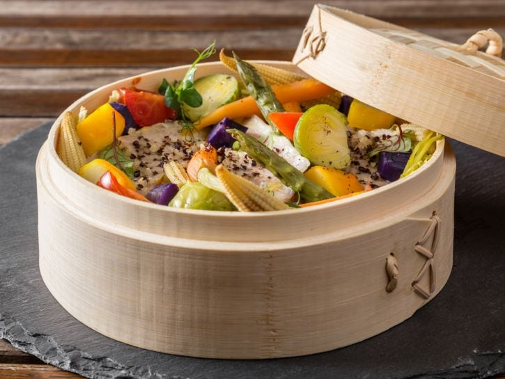 Branzino con verdure al vapore