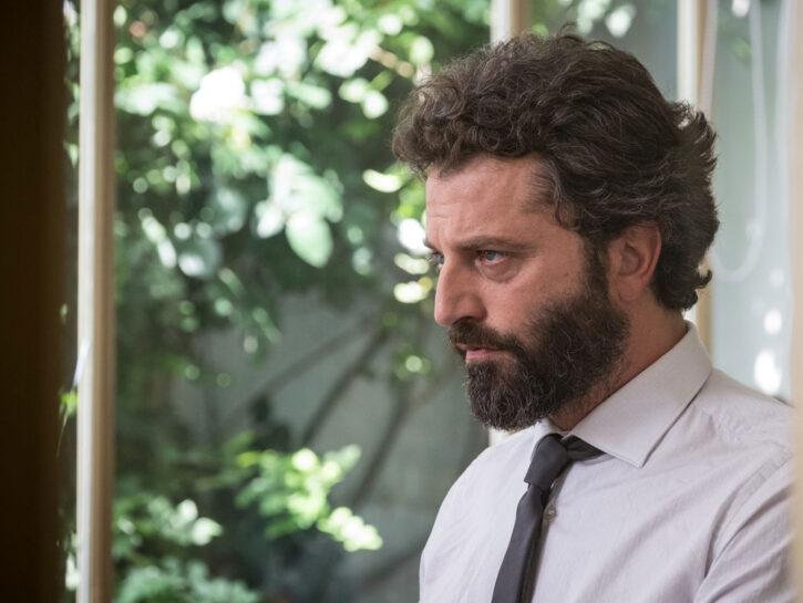 """Guido Caprino in """"Il miracolo"""", serie in 8 episodi cosceneggiata e codiretta da Niccolò Ammaniti. N"""