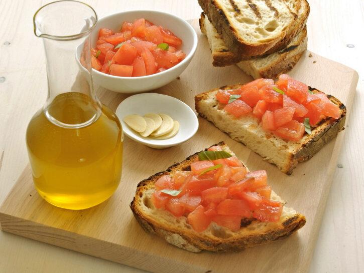 Bruschetta pomodoro fresco e basilico