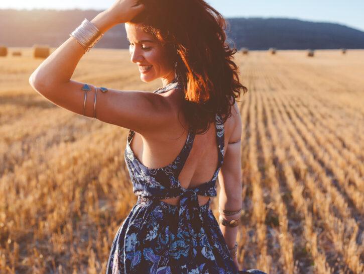 campo sole donna felice piacersi