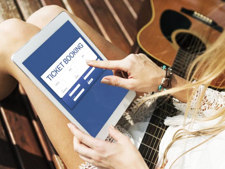 Concerti biglietti online ragazza chitarra