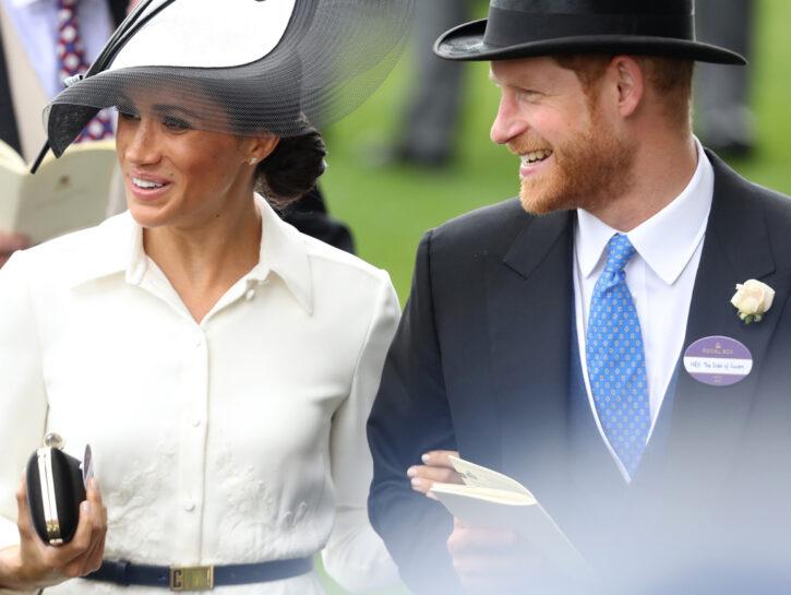 Meghan mania: indossa lo chemisier come la Duchessa di Sussex!