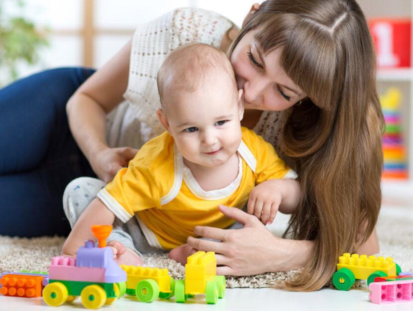 Baby sitter resident tata