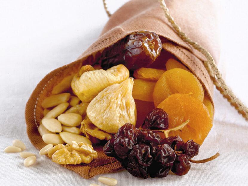 Frutta secca a guscio e frutta disisdratata