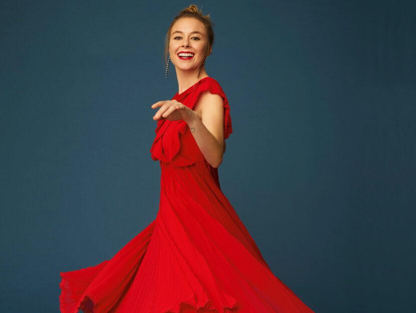 Moda-Natale-Lucia-abito-rosso