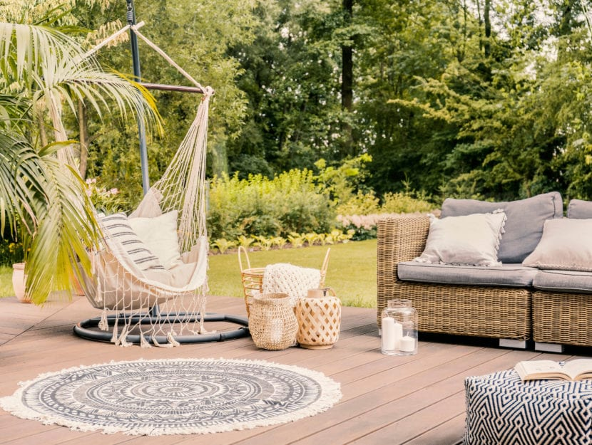 giardino bellissimo salotto divano amaca