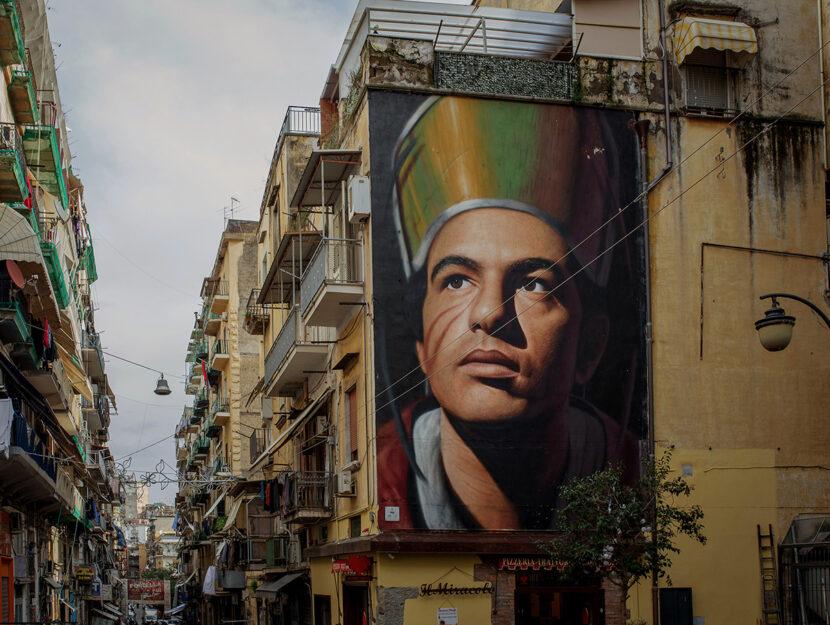 Il ritratto di San Gennaro a Forcella. Murales di Jorit, foto diClaudio Menna