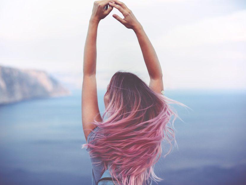 Oroscopo maggio capelli rosa
