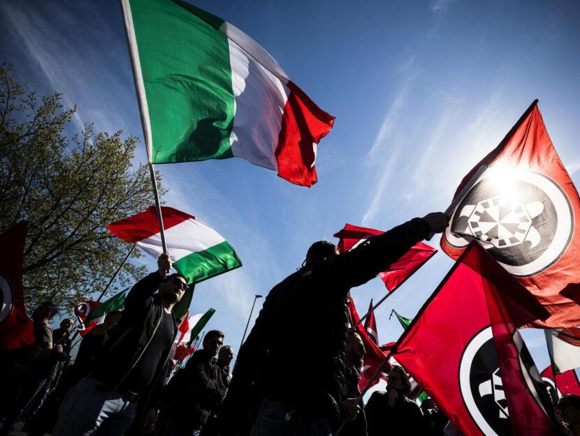 Militanti di CasaPound durante la manifestazione di protesta nel quartiere di Torre Maura a Roma, 6