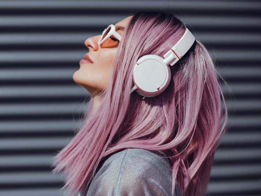 musica benefici cuffie umore