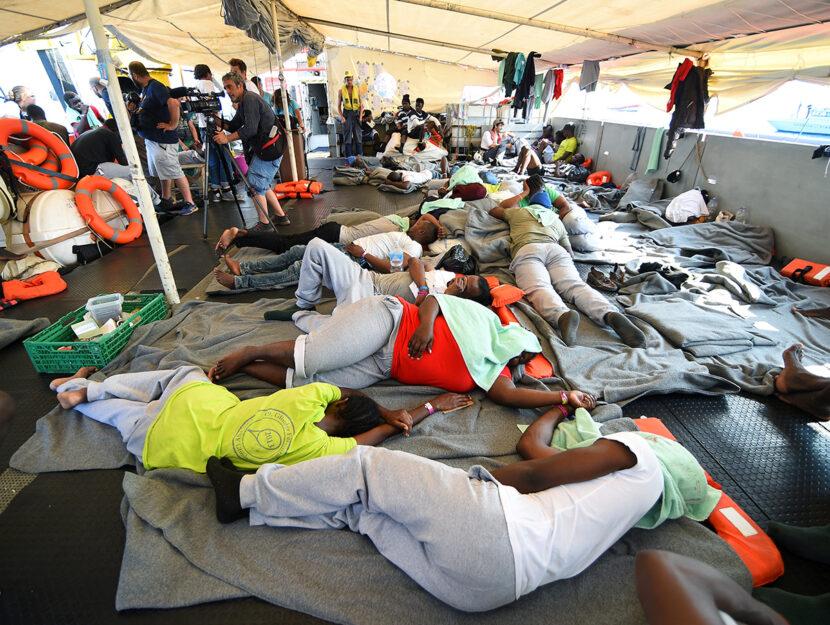 Delle 54 persone caricate da Sea Watch 3 al largo della Libia il 12 giugno, 11 sono sbarcate nei pri