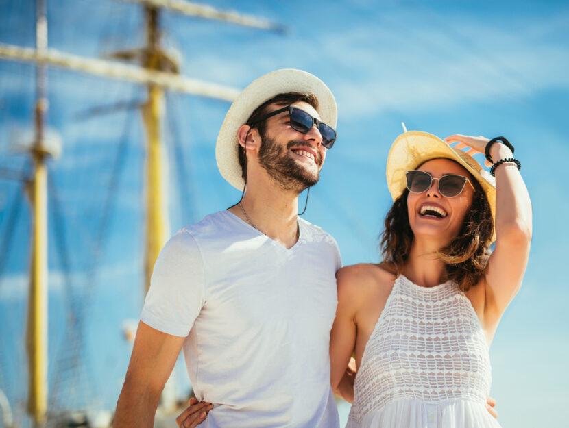 Coppia estate barca vacanze