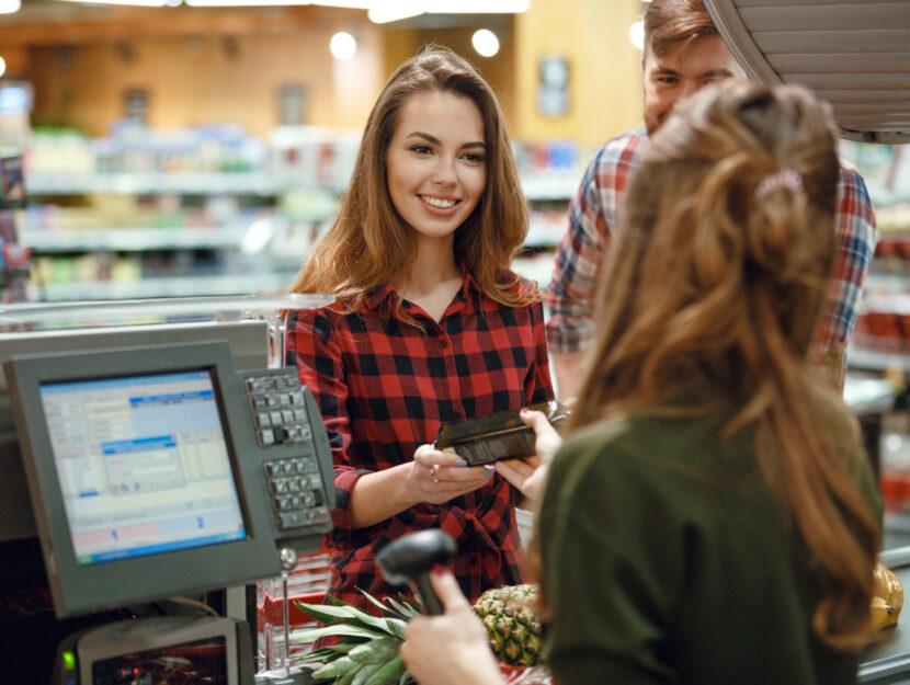 Supermercato cassa donna