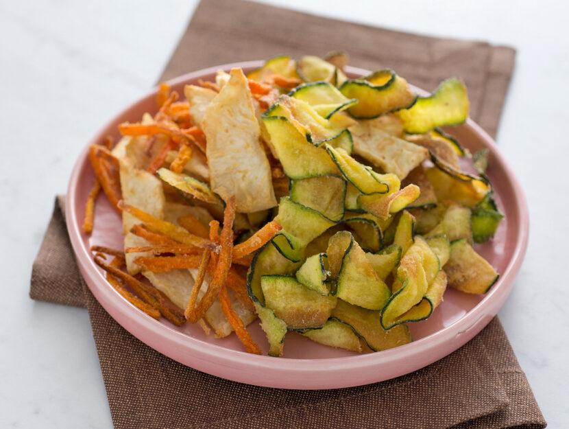 Chips di sedano rapa, zucchine e carote