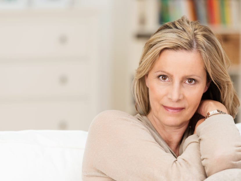 Donna 50enne in casa