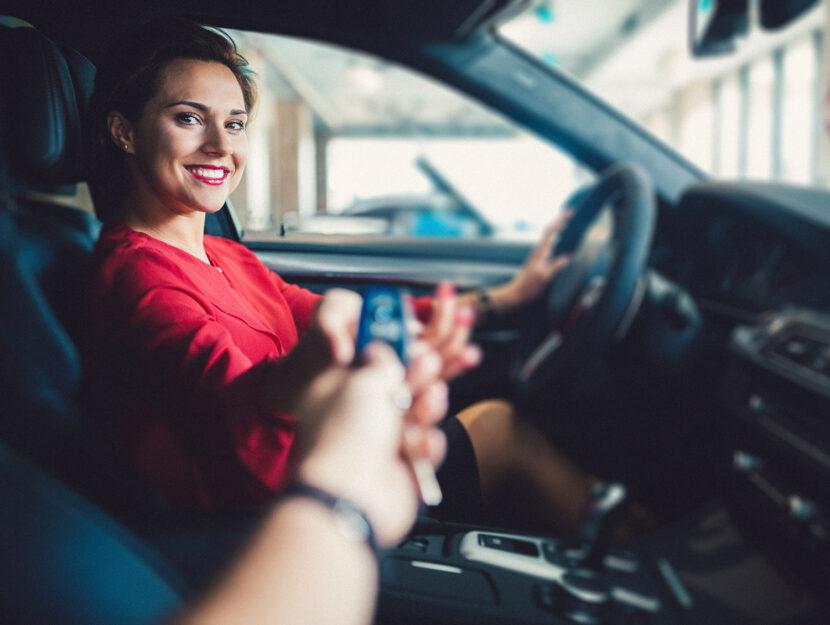 Consegna auto con noleggio a lungo termine