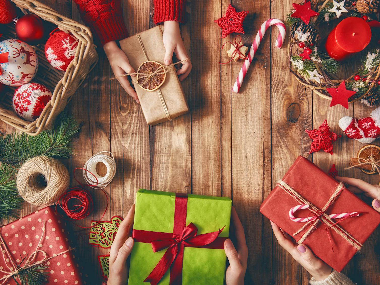 Regali Di Natale Per Donne.I Regali Di Natale 2020 Utili Idee Regalo Per Natale Utili Per Tutti Donna Moderna