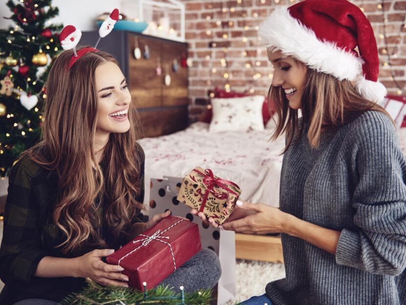 Regali Di Natale Sotto 10 Euro.Regali Di Natale Per Le Amiche 2020 Idee Regalo Belle E Economiche Donna Moderna