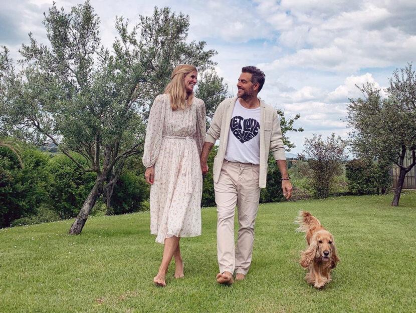 Daniele Bossari con la moglie Filippa Lagerback, 46 anni: hanno una figlia 16enne, Stella.Conduttore