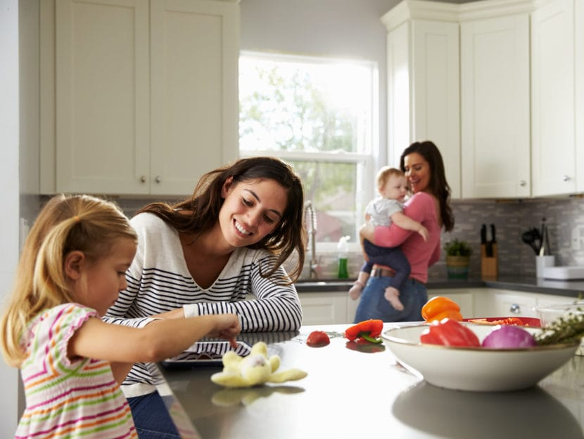 Mamme bambine cucina