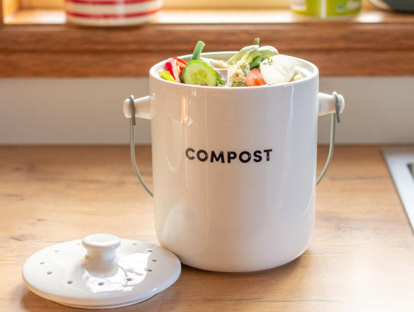 Rifiuti compostabili compostaggio domestico