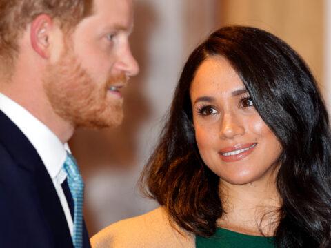 "Meghan e Harry: ""scrocconi"" reali per milioni di dollari"