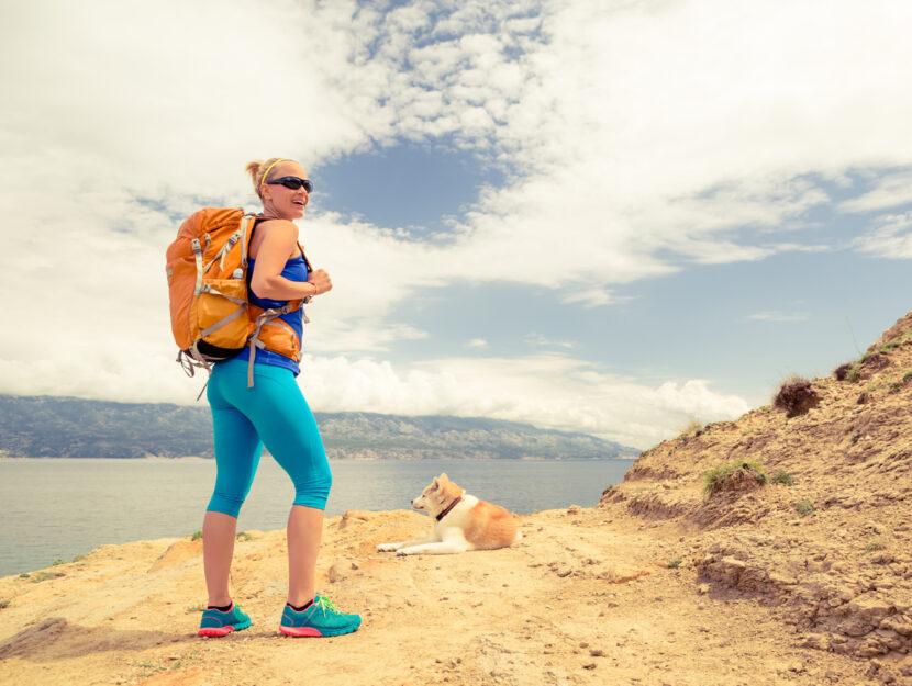 Donna dog trekking cane