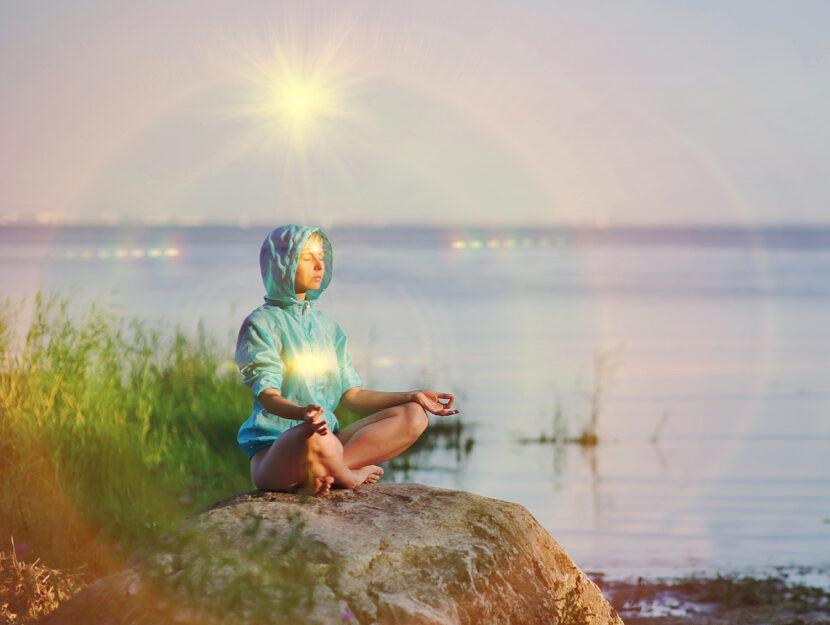 Praticare tantra yoga