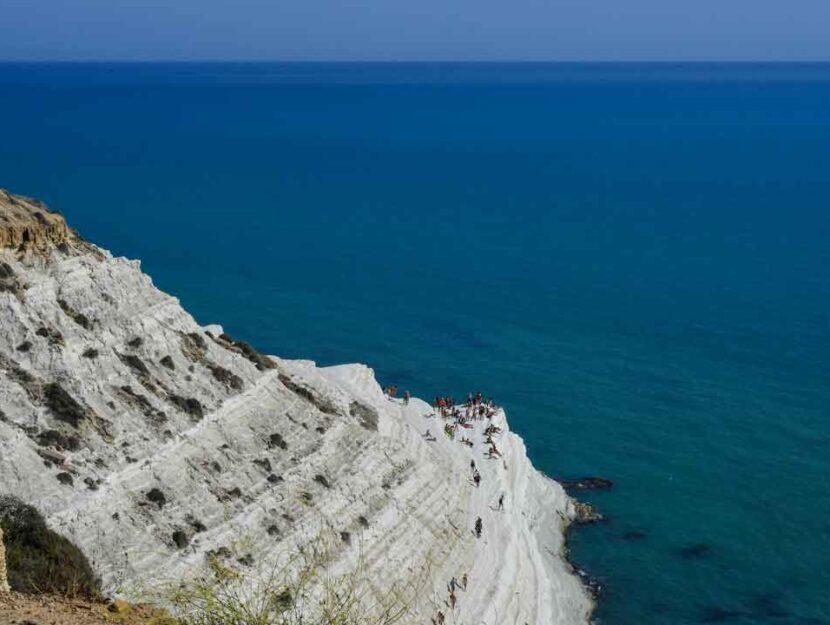 La bellissima Scala dei Turchi in Sicilia (Agrigento)