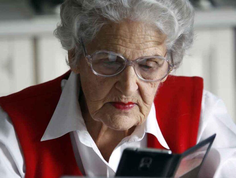 Valentina Kuleshova, 85 anni, famosa blogger russa di Instagram: ogni giorno posta ricette e ricordi
