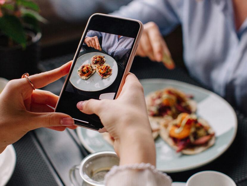 Cellulare cibo foto
