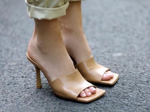Sandali con la punta quadrata: i più fashion da indossare from day to night