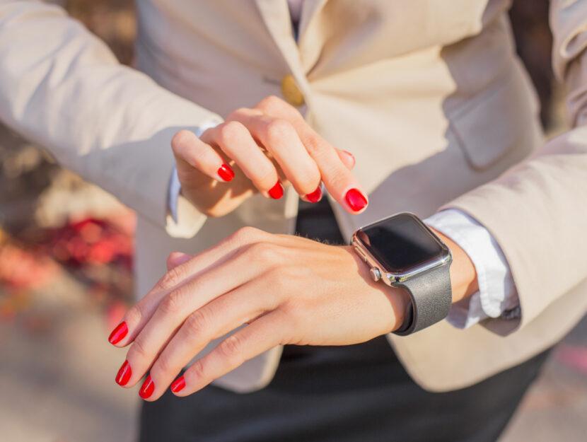 Gli smartwatch da indossare per essere alla moda