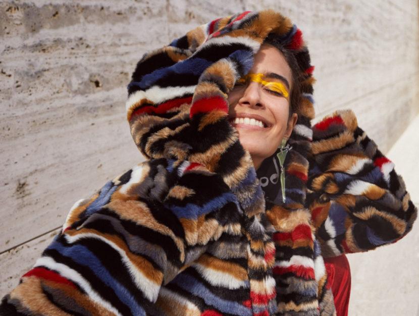 Desigual propone i nuovi cappotti per l'autunno inverno 2020-21