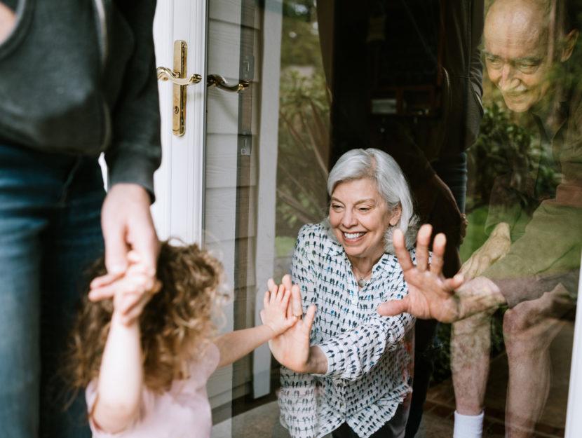 Anziani nonni nipote