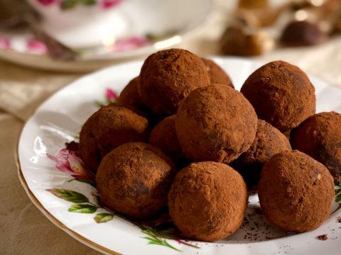 Castagne: proprietà e usi in cucina (con ricetta dei tartufini di castagne!)