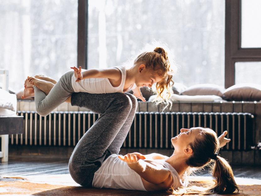 Fitness casa mamma figlia