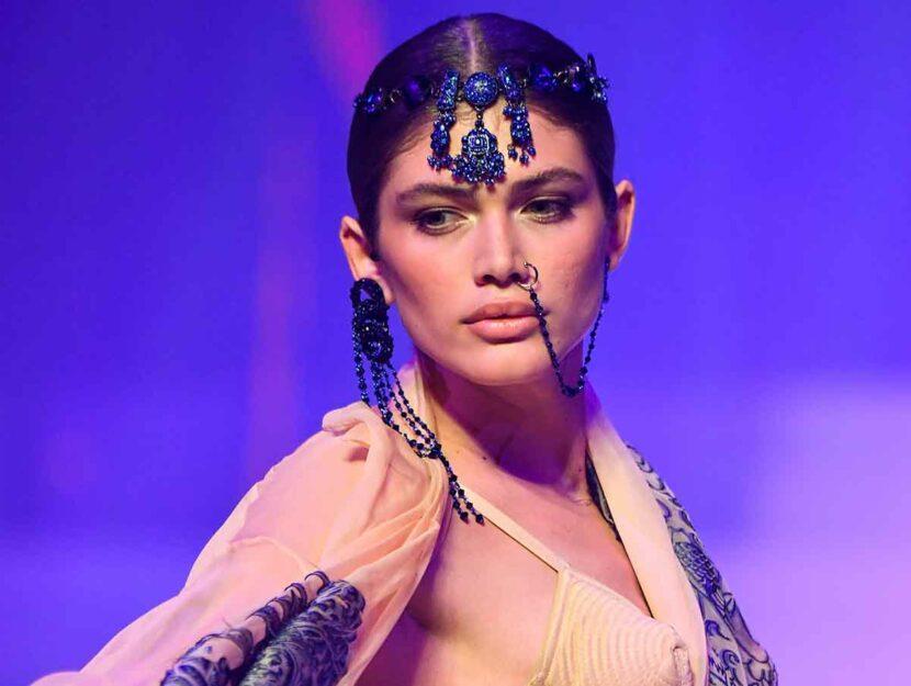 Valentina Sampaio per Jean-Paul Gaultier
