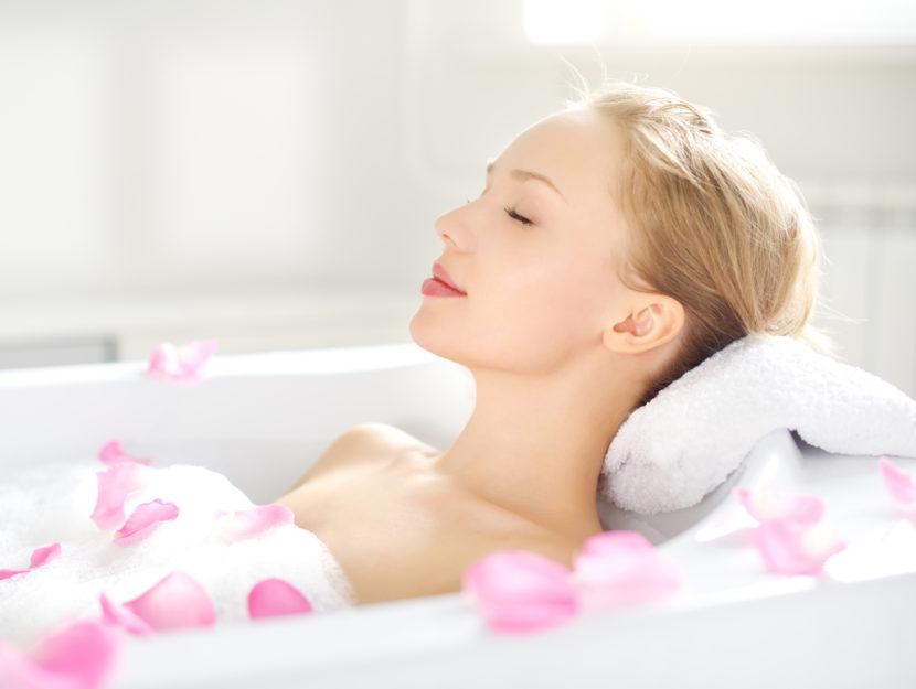 Donna bagno rose