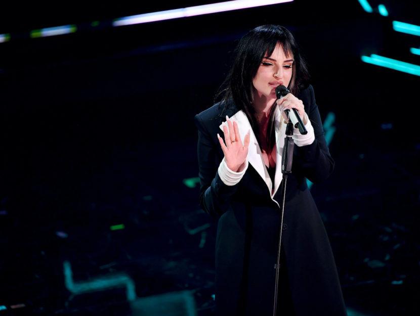 Arisa sul palco di Sanremo 2021