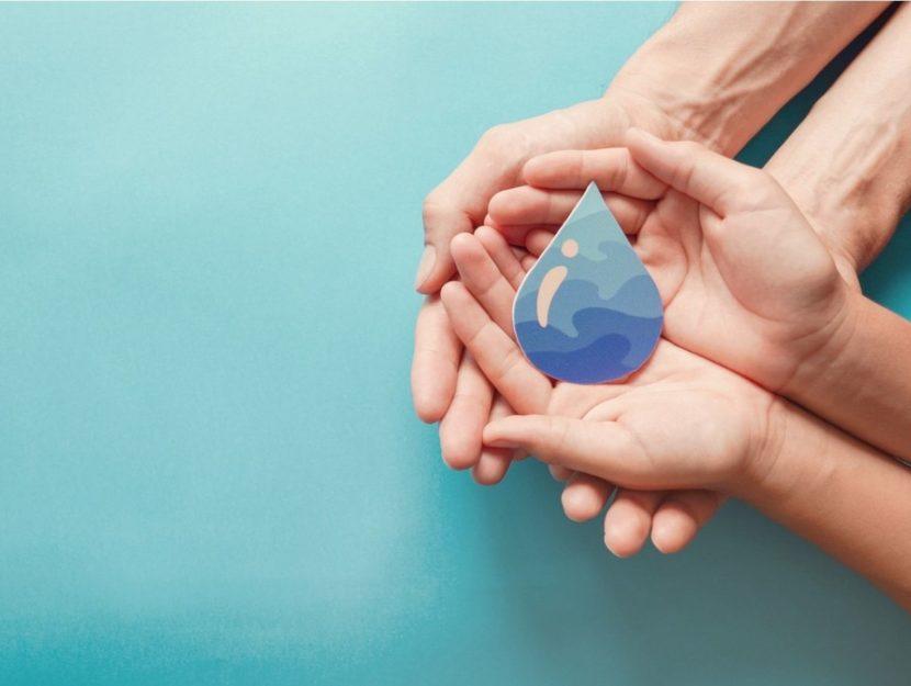 spreco d'acqua, gocciolina d'acqua, ridurre lo spreco dell'acqua in casa