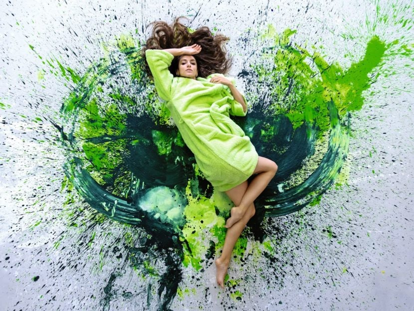 Donna vernice verde