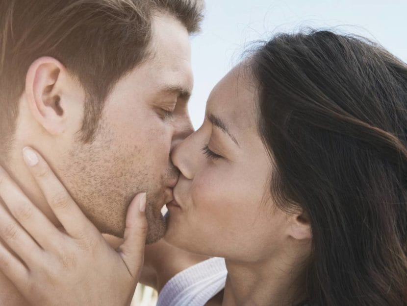Tutti i benefici dei baci